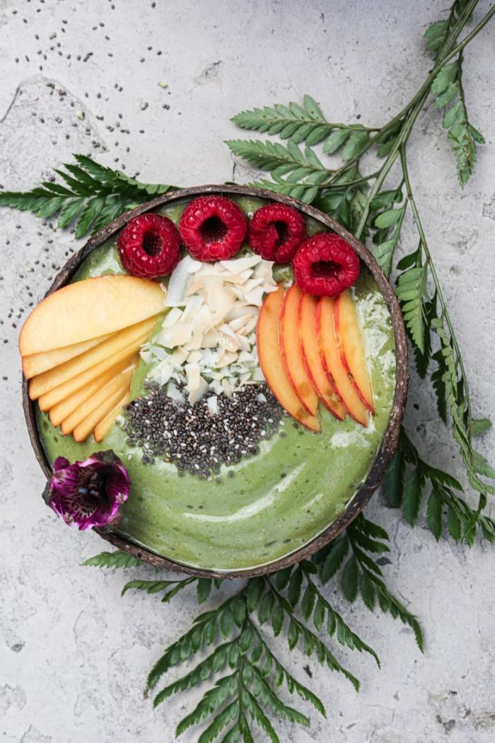 Chia-Peach-Green-Smoothie.jpg