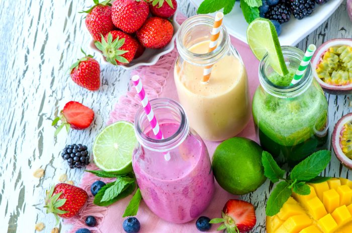 beautiful-colourful-smoothies.jpg